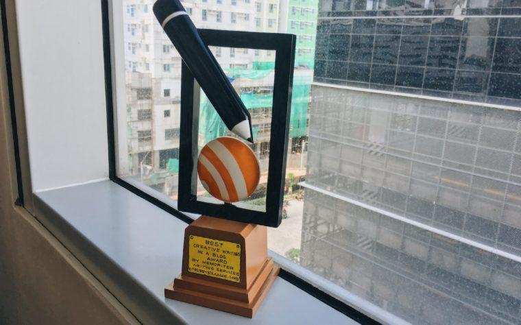 foureyed laagan receives best creative writing in a blog award by memorwriter services